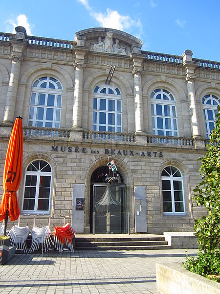 "Musée des ""Beaux-Arts"" de Quimper By El Funcionario (Own work) [CC BY-SA 3.0  via Wikimedia Commons"