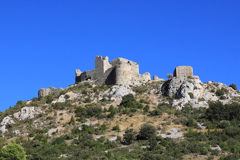 Le Château d'Aguilar By Bertrand benazeth CC BY-SA 3.0 via Wikimedia Commons