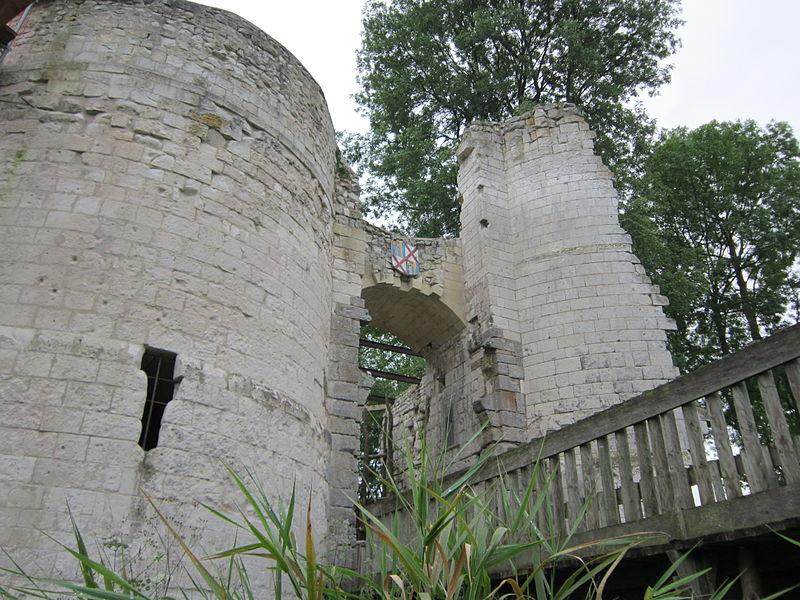 Château d'Eaucourt sur Somme By Chateau eaucourt CC BY-SA 3.0 via Wikimedia Commons