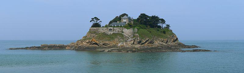 Fort du Guesclin By Sanchezn CC BY-SA 3.0 via Wikimedia Commons