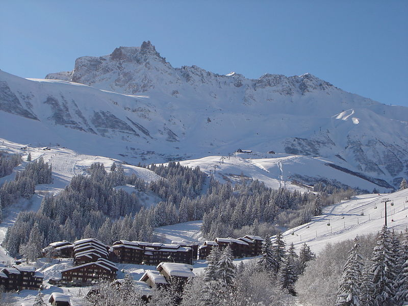 Valmorel By Domaine Skiable de Valmorel CC BY-SA 3.0 via Wikimedia Commons