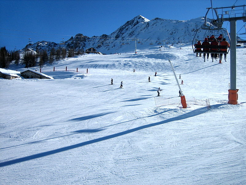 Peisey Vallandry By Adetaylor CC-BY-SA-3.0 via Wikimedia Commons