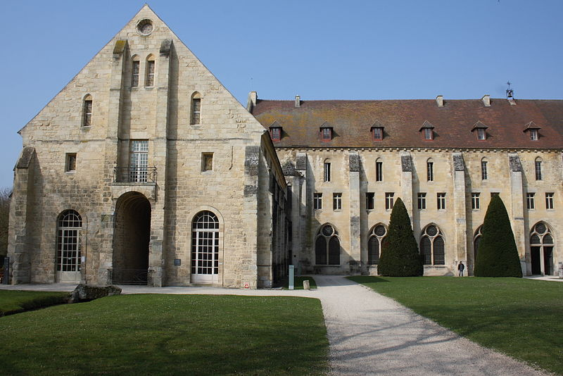 Abbaye de Royaumont By GFreihalter CC BY-SA 3.0 via Wikimedia Commons