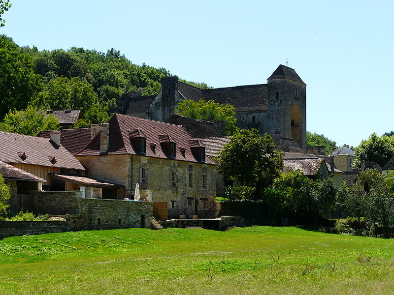 Saint-Amand-de-Coly (source: wiki)