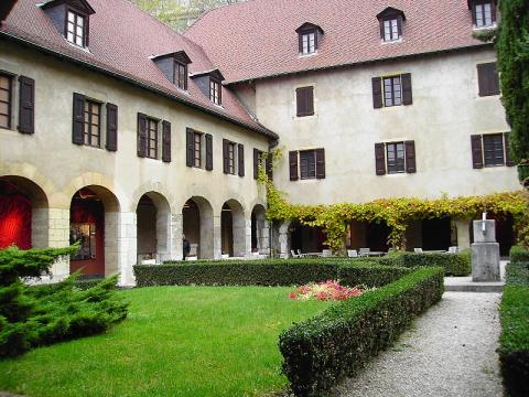 Musée dauphinois By Milky (Own work) [FAL], via Wikimedia Commons