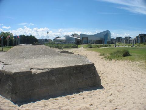 Centre Juno Beach Par Dr. Alexander Mayer CC BY-SA 3.0 via Wikimedia Commons