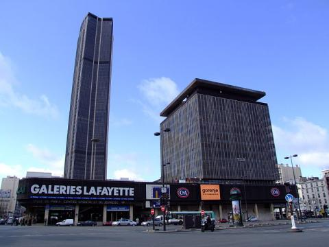 Tour Montparnasse By AlfvanBeem via Wikimedia Commons