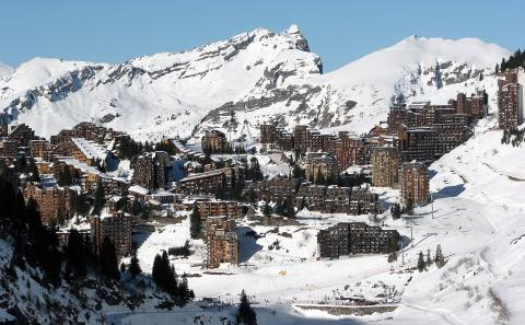 Avoriaz 1800 By Look Sharp CC BY-SA 3.0 via Wikimedia Commons