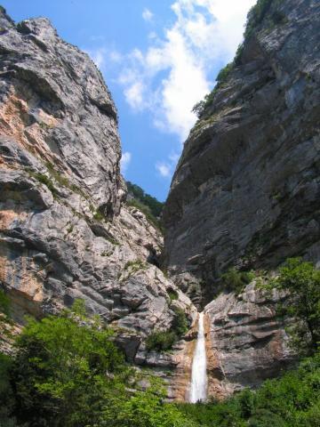 Cascade du Canyon des Ecouges (Vercors) Elinaos via panoramio.com