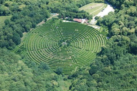 Le labyrinthe géant de Gueret by labyrinthe-gueret.fr
