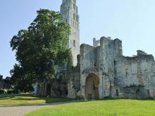Abbaye de Jumièges By Nikater (Own work) [Public domain], via Wikimedia Commons