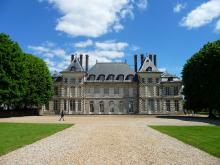 Domaine de Saint-Jean-de-Beauregard By GardienAncestral CC BY-SA 3.0 via Wikimedia Commons