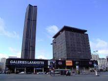 Tour Montparnasse By AlfvanBeem via Wikimedia Commons