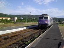 Train Touristique des Gorges de l'Allier By Frachet CC BY-SA 3.0 via Wikimedia Commons