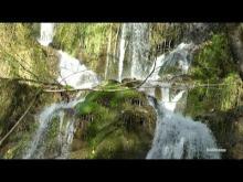 Vidéo de la cascade de Syratu