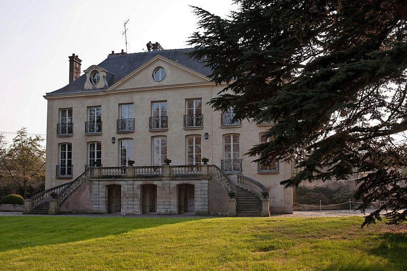 Parc La Vallée aux Loups: maison de Châteaubriand By besopha CC BY-SA 2.0 via Wikimedia Commons