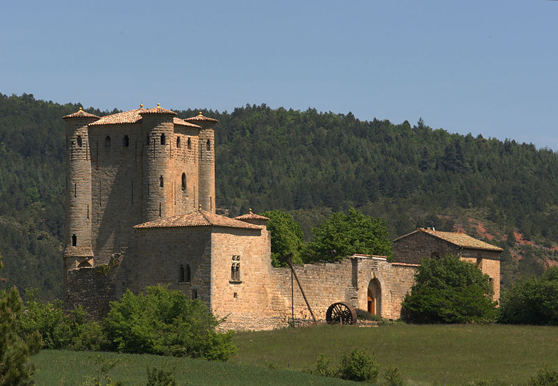 Le Château d'Arques By Jean-Louis Socquet-Jouglard CC BY-SA 3.0 via Wikimedia Commons