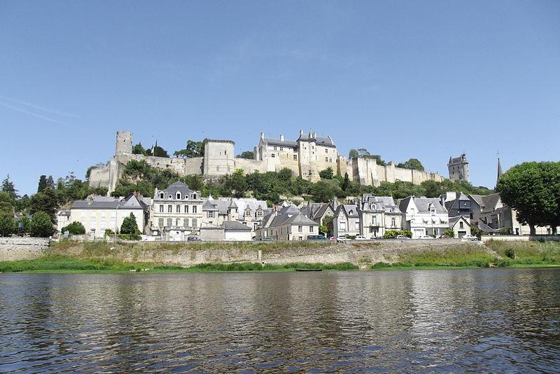 Forteresse royale de Chinon By M.herrick CC BY-SA 3.0 via Wikimedia Commons