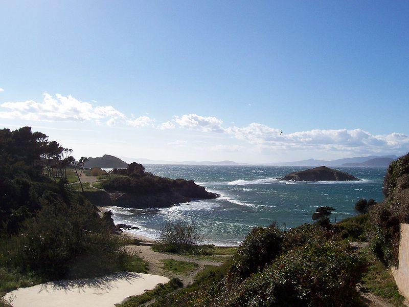 La Presqu'île de Giens Par Marc Wabnitz CC BY-SA 2.0  via Wikimedia Commons
