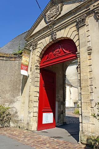 Tapisserie de Bayeux By Dennis Jarvis CC BY-SA 2.0via Wikimedia Commons