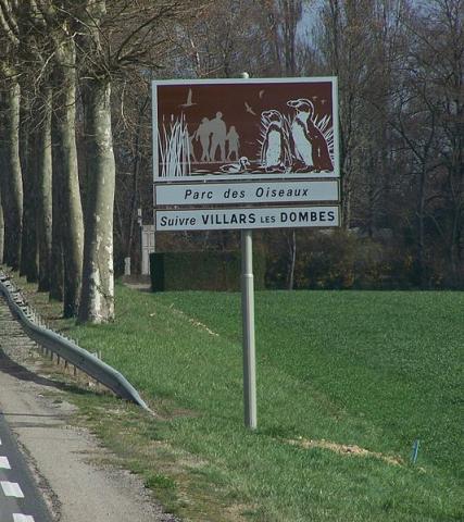 Le parc des oiseaux Par Florian Pépellin Travail personnel [Public domain] via Wikimedia Commons