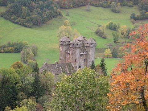 Château d'Anjony Par Béa Public domain ou GFDL 1.2 via Wikimedia Commons