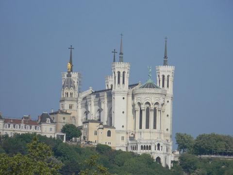 Basilique de Fourvière Par JeanBono (Travail personnel) CC BY-SA 3.0 via Wikimedia Commons