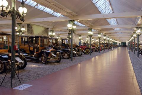 Cité de l'automobile, collection Schlumpf  By Dontpanic CC-BY-SA-3.0via Wikimedia Commons