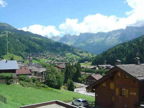 Le Grand Bornand By Anthospace CC BY-SA 3.0 via Wikimedia Commons