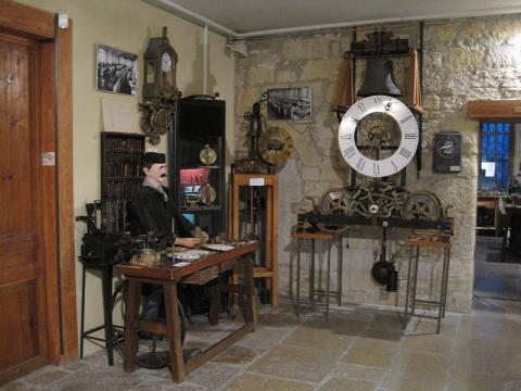 Musée de l'horlogerie de Morteau By Arnaud 25 CC BY-SA 3.0 via Wikimedia Commons