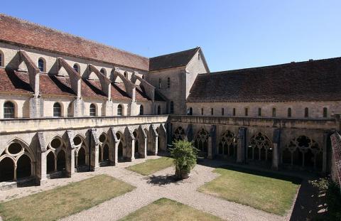 Abbaye de Noirlac By Manfred Heyde CC BY-SA 3.0 via Wikimedia Commons