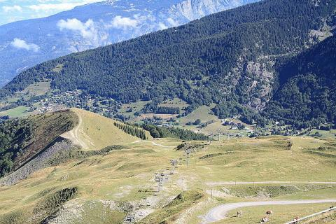Alpe du Grand-Serre By Binabik155 CC BY-SA 3.0  via Wikimedia Commons