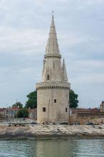 Tour de la Lanterne By Jebulon via Wikimedia Commons