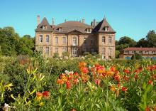 Château de La Grange By Château de La Grange CC BY-SA 3.0 via Wikimedia Commons
