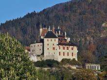 Château de Menthon-Saint-Bernard By Florian Pépellin CC BY-SA 3.0 via Wikimedia Commons