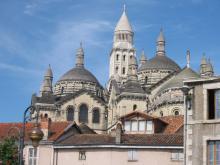 Périgueux et la Cathédrale Saint Front Par Olivier2000 [Public domain] via Wikimedia Commons